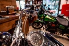 Motoclub SS33 Sempione testimonial del nuovo MAMBO Barber Shop & Ladies - Legnanoimmagine14_motoclub_ss33sempione_mambo_barber_shop_ladies_legnano_2020